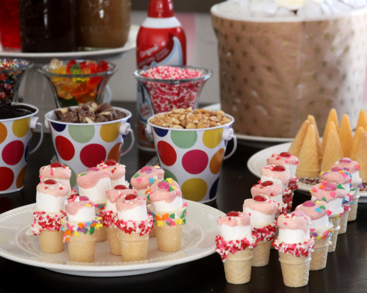 To make these little ice cream cone marshmallow treats you will need: