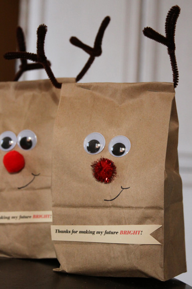 Reindeer wrap and an easy christmas gift for teachers a