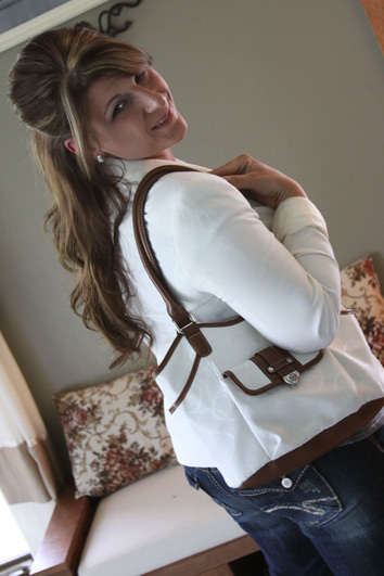 wiww-white-blazer