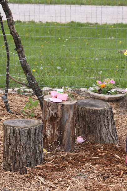 stump-tea-table-1