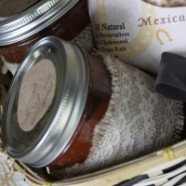 A Pretty Way To Give Homemade Canned Goods As A Gift