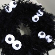 An Easy – Not So Scary – Halloween Wreath