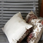 How To Make The Easiest Throw Pillows – Repurpose Placemats Into Pillows