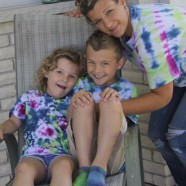 Summer Fun – Tie Dye T-shirts With The Kids