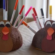 Fun Idea For The Kid's Thanksgiving Table